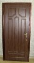 стальная дверь, снаружи-накладка МДФ, внутренняя отделка винилкожа